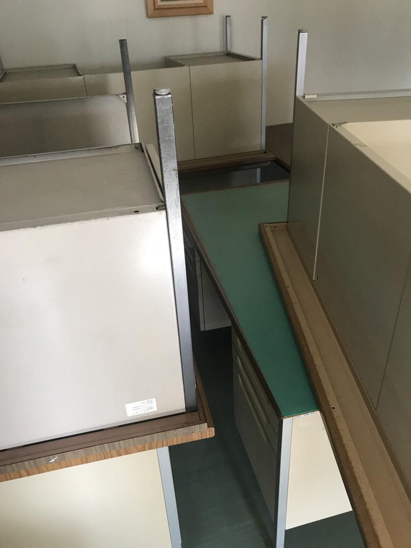 【甲府市】事務机7台の不用品回収・処分ご依頼 お客様の声